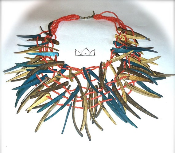 Jungle Lady Necklace /// Statement Necklace /// Wooden Necklace /// Fly Jewelry