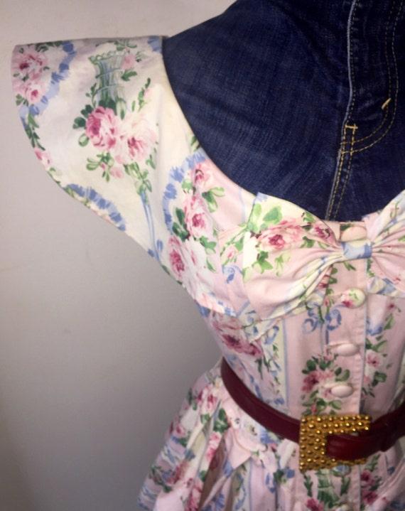 100% Cotton Floral Peplum Waist Pencil Skirt Dress - Size 4 Dress