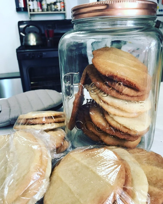 Chicago Cookies by *Ebonie Simone* - Cafeteria Style Butter Cookies w/ or without Pecans