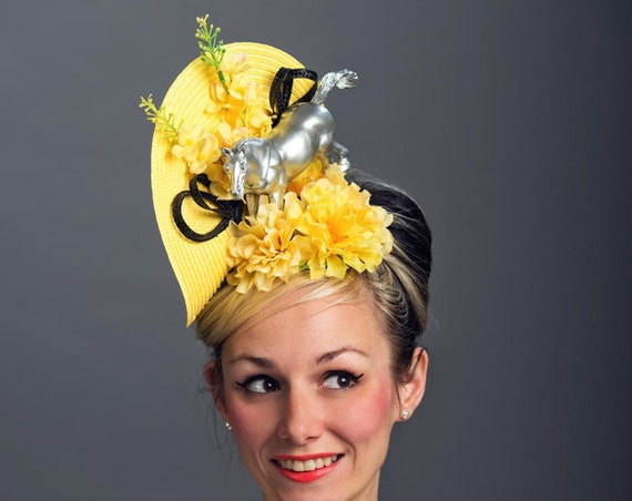 Kentucky Derby Horse Unique Ascot Fascinator Conceptual Phoenician Filly Light Yellow Vintage Floral Mustang Hatinator Race Hat Headpiece