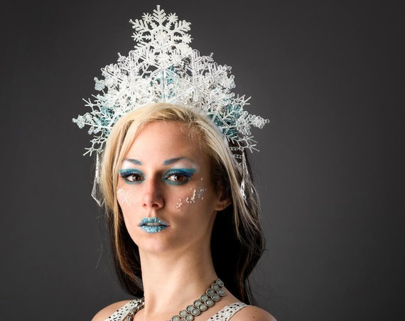 SnowFlake Ice Halo White Queen Crown Fairy Princess Headdress Frozen Maiden Winter Lady Fascinator Blue Headpiece Costume Party Headband