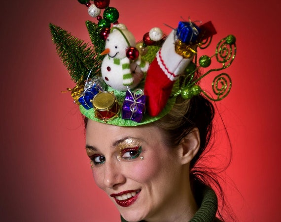 Ugly Christmas Sweater Fascinator Tacky Frosty Snowman Novelty Red Gifts Stocking Grinch Head piece Headdress Holiday Party Hat Head Piece
