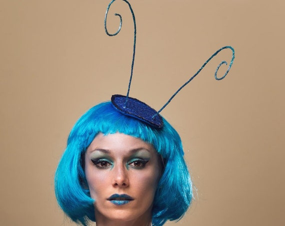 Absolem Wonderland Caterpillar Antenna Fascinator Blue Bug Hat Butterfly Costume Headpiece Funny Alien Fairy Faerie Halloween Headdress
