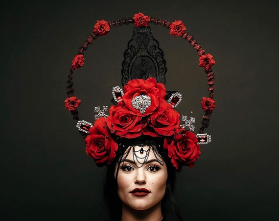 Red Queen Virgin Mary Crown Saint Halo Rose Heart Cross Dark Black Madonna Headdress Gold Costume Headpiece Carnevale Festival Lace Catholic