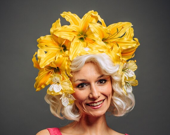 Large Yellow Lily Flower Crown Floral Derby Horse Races Headpiece Garden Tea Party Headdress Summer Spring Easter Bonnet Parade Fascinator