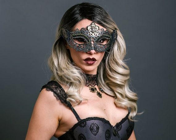 Gothic Carnevale Fleur de Lis Mask Masquerade Dracula Vampyre Cryptic Magic Dance Theater Ball Countess Carnival Mardi Gras Black Vampire