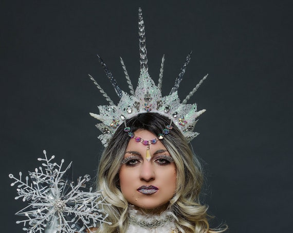 Ice Queen Witch Headdress Light Up Unseelie Celestial Silver White Icicle Spiked Crown Wicked Winter Fat Costume Cosplay Festival Headpiece