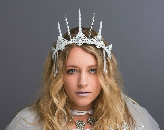 Ice Witch Frozen Snow Ethereal Crown White Circlet Winter Headdress Frozen Costume Party Headpiece Icicle Tiara Renaissance  Snow Queen