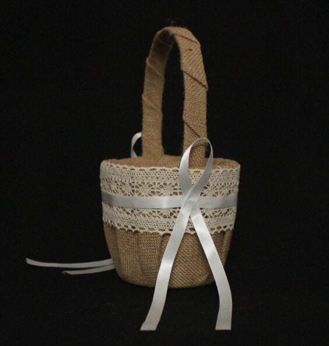 Rustic Flower Girl Basket Hessian Burlap Lace Wedding Basket Bridal Shower Party Brial Shower Favors