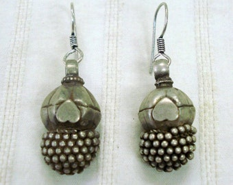 vintage antique tribal old silver earrings bellydance traditional jewelry