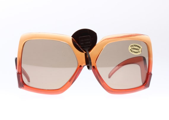 Seventies and very Gucci look! Orange to red colo… - image 5