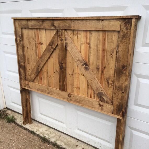 Barn Wood Bedroom Furniture: Reclaimed Wood Headboard. Barndoor. Bedroom Furniture