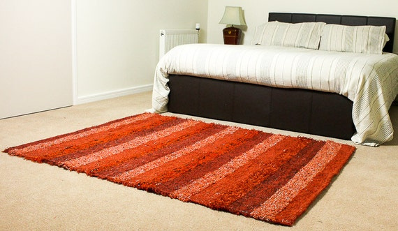 Red Rug. Area rug, bedroom rug, living room rug, area rugs, Kids room  decor. Washable cotton rug, Eco friendly