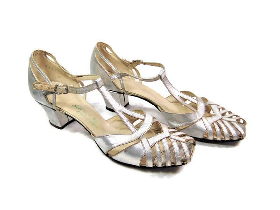 1920's Silver Leather Womens Shoes, Flapper Party
