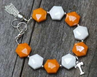 """Tennesse Vols Bracelet Made of Volcano Glass With Silver """"T"""" and Tassel (BR13)"""