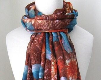 Brown-Infinity-Schal mit Blumen & Blaue Blätter - Long und leicht Gewicht für den Frühling und Herbst