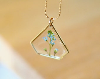 Real forget me not necklace Delicate pendant Gold plated 16K Pressed flower Real flower pendant Gift idea Gift for her Geometric Inspiration