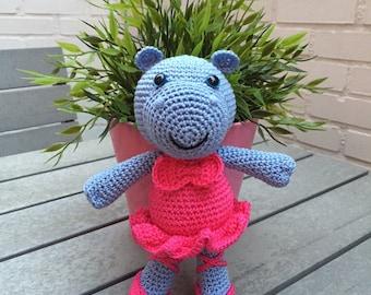 Hippo ballerina amigurumi pattern