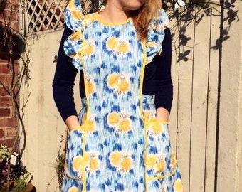 Ruffled Apron/ Vintage Style Apron/Womens Full Apron