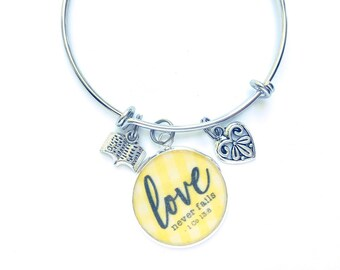 Love Never Fails Yellow Gingham Bracelet | JW Gifts | International Convention | JW Jewelry | Jw.org