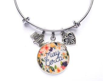 Muy Cerca Spanish Just Around the Corner Bracelet | JW Gifts | Best Life Ever | JW Jewelry | Jw.org