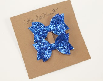 Blue Pigtail Bows.  Glitter pigtail bows.  Bow Clip set.  Blue Hairbows.  Mini hairbows.