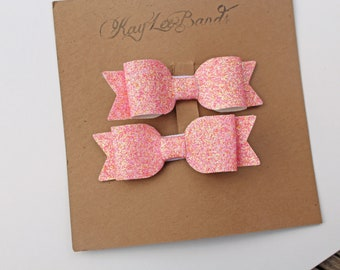 Peachy pink bow clips, pigtail bows, mini hairbows, dainty pigtail clips, pink pigtail clips, toddler hairclips