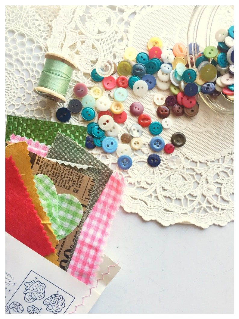 Custom Button Collection Sewing Button Mix 100 Buttons Vintage image 0