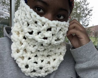 Crochet chunky cowl,thick handmade winter scarves,warm,cozy,soft, infinity scarf, knitted accessories, fall scarves, READY TO SHIP