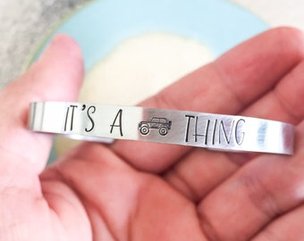 Its A Jeep Thing Bracelet Lover Girls Hand Stamped Jewelry Birthday Gift Personalized Outdoor