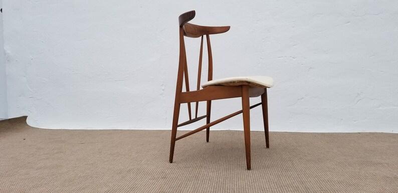 Outstanding Mid Century Danish Modern Style Sculptural Desk Accent Chair Unemploymentrelief Wooden Chair Designs For Living Room Unemploymentrelieforg