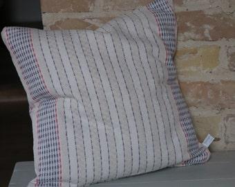 Kissen aus antiken Küchen-Leinen: blau-rote Streifen / 40*40cm