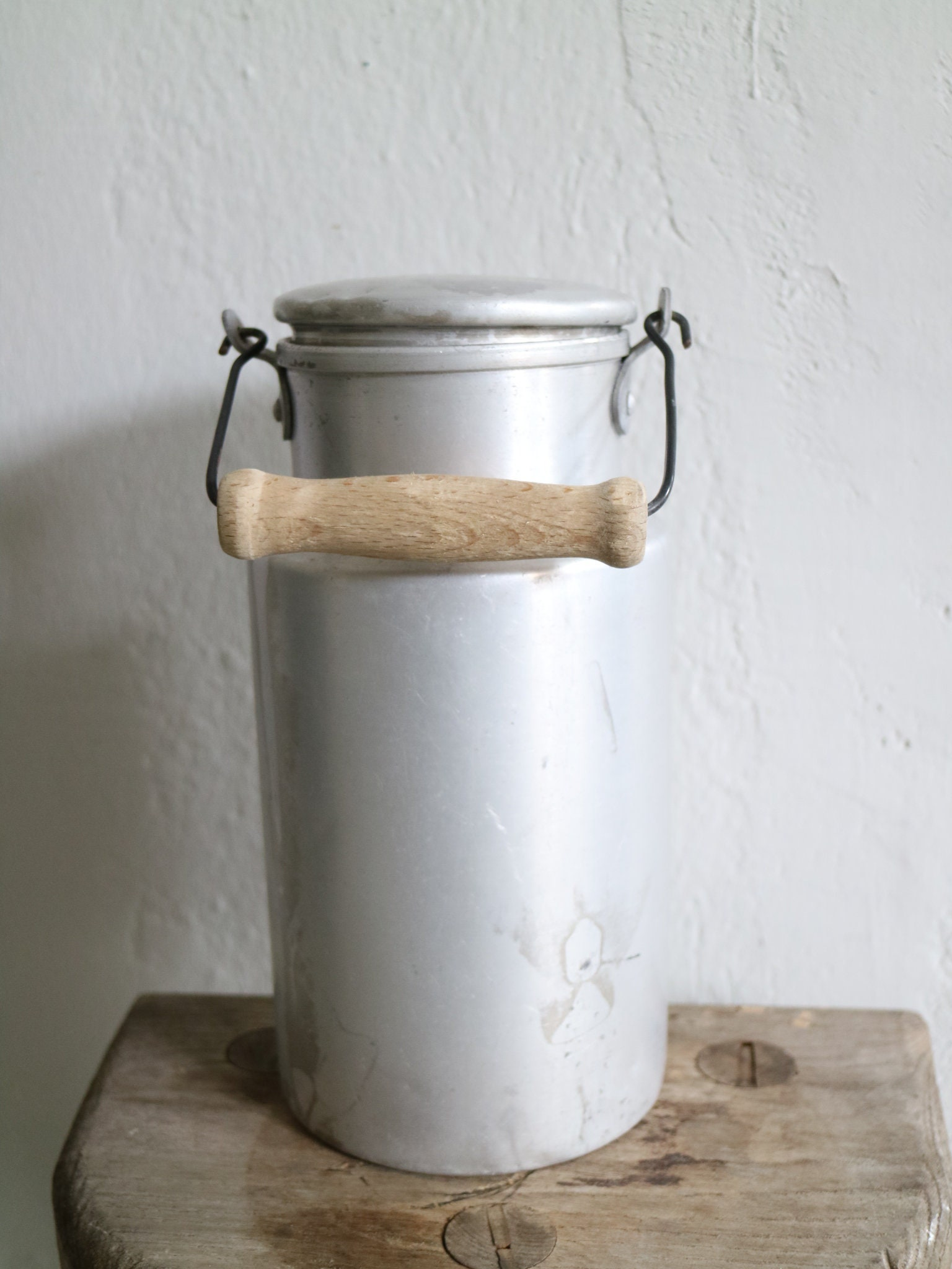 Vintage Alu milk can with lid and handle