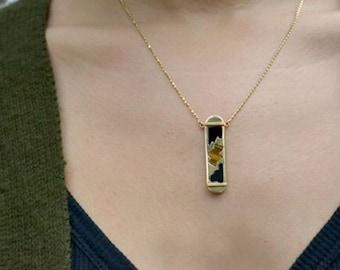 Vintage 18k Gold Onyx & Tiger's Eye Bar Necklace, One-of-a-kind