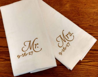 GIFT SET - Mr & Mrs / Wedding / Honeymoon / Anniversary Personalized HAND Towel Set ~ Fiancee Husband Wife Gift  / 10 Designs Available!
