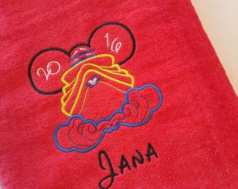 DISNEY CRUISE ~ PERSONALIZED Beach Towel ~ Mickey Minnie ~ Family Vacation Beach Trip Cruise - You Choose Colors!