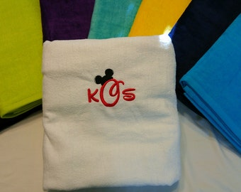 Velour Personalized  DISNEY Font MONOGRAMMED BEACH Towel ~ Mickey Minnie Mouse ~ Cruise Trip Family Vacation / Gift  - Choose Colors!