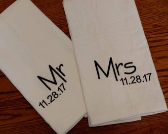 GIFT SET - Mr & Mrs / Wedding / Honeymoon / Anniversary Personalized HAND Towel Set ~ Fiancee Husband Wife Gift  / 8 Designs Available!