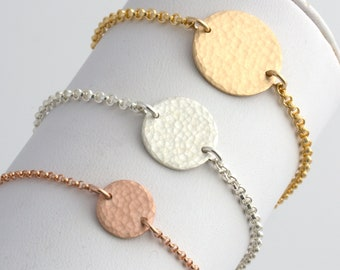 Hammered Disc Bracelet, Gold Disc Bracelet, Minimalist Jewelry, Dainty Gold Charm Bracelet, Wedding Gift, Bridesmaid Gift, Gift for Her,