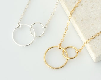 Interlocking Circle Necklace, Gold Infinity Necklace, Linked Circle Necklace, Best Friend Necklace, Mother Daughter Necklace, Gift for Her