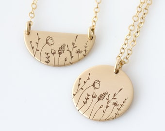 Wildflowers Necklace, Flower Disc Necklace, Mother Daughter Wildflower Necklace, Sisters Necklace, Birthday Gift, Bridesmaid Gift for Her