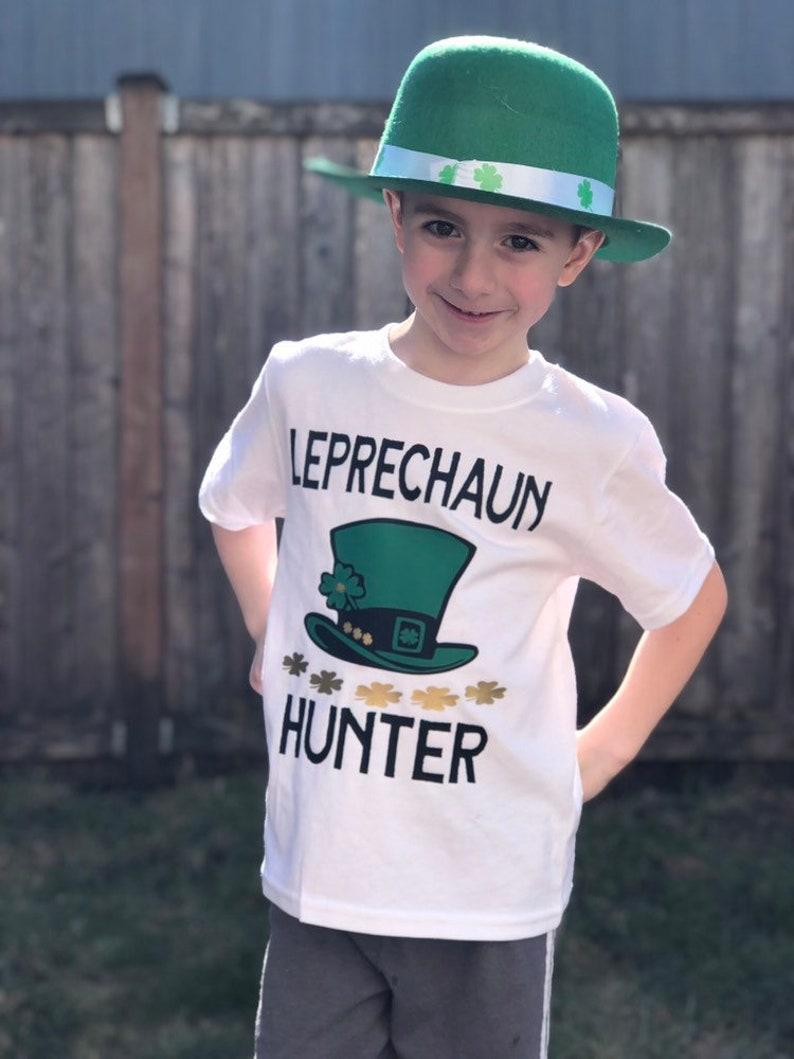 Patrick/'s Day bodysuit Toddler T-Shirt Leprechaun Trap St Shamrock 4 Leaf Clover Leprechaun Hunter Luck of the Irish baby clothing