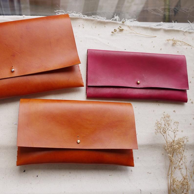 Leather bag with interlocking seam. Leather document holder. image 0