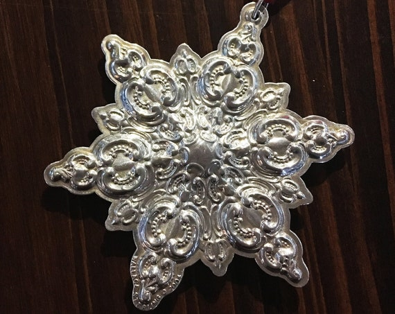 Grande Baroque by Wallace Sterling Silver Snowflake Ornament (2004)