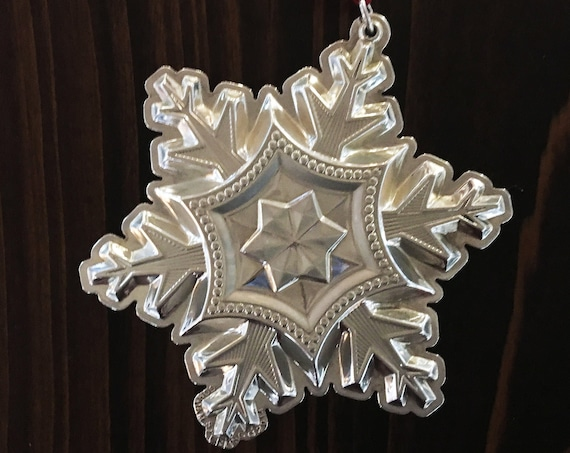Sterling Silver Snowflake Ornament by Gorham (2014)