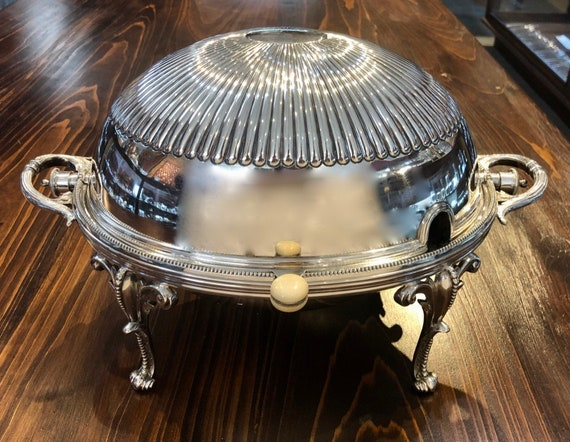 Walker & Hall Silver Plated Revolving Dome