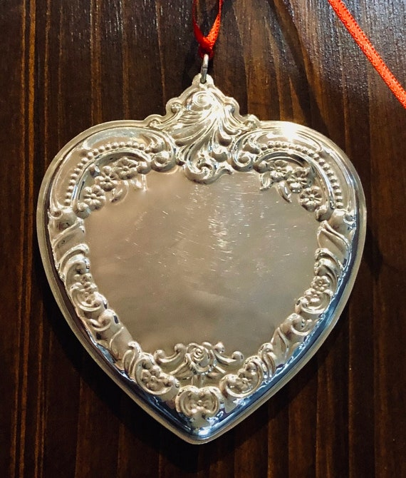 Grande Baroque by Wallace 1992 Sterling Heart Ornament