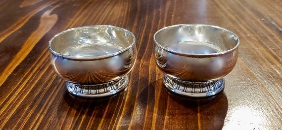 Lunt Sterling Silver Salt Cellar Set
