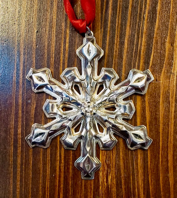 RARE Gorham 1980 Silver-plated Snowflake Ornament