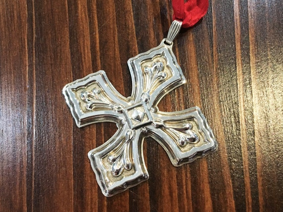 Sterling Silver Christmas Cross Ornament by Reed & Barton (1981)